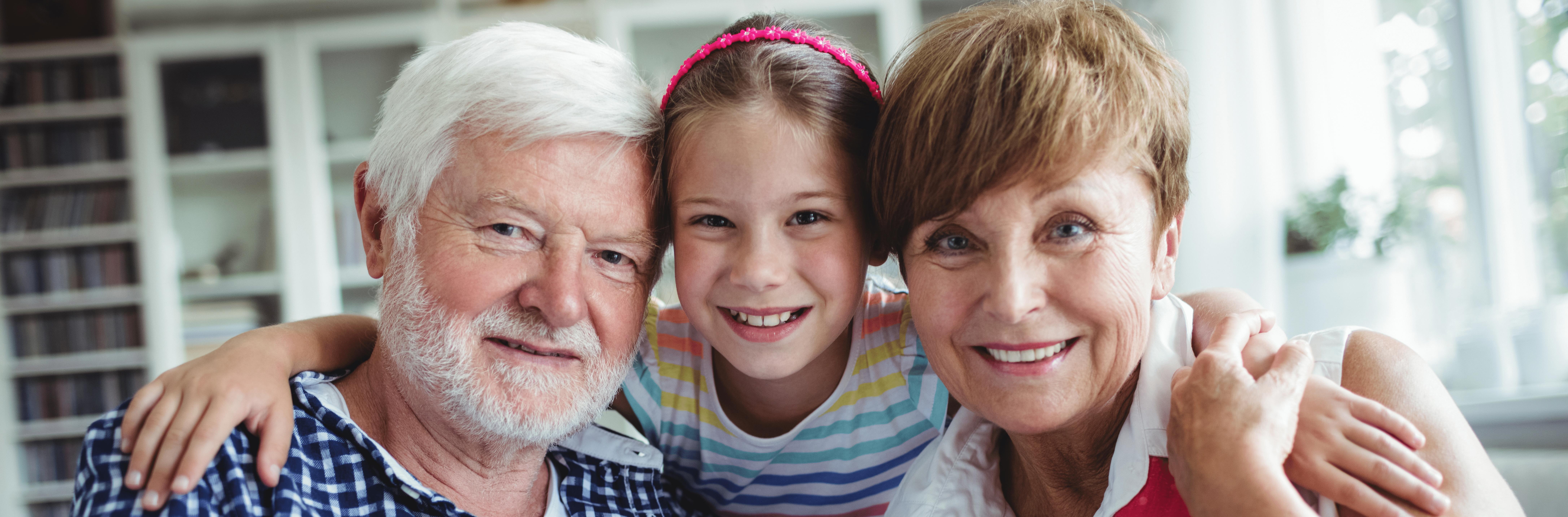 Grandparentswithhergranddaughterathome10